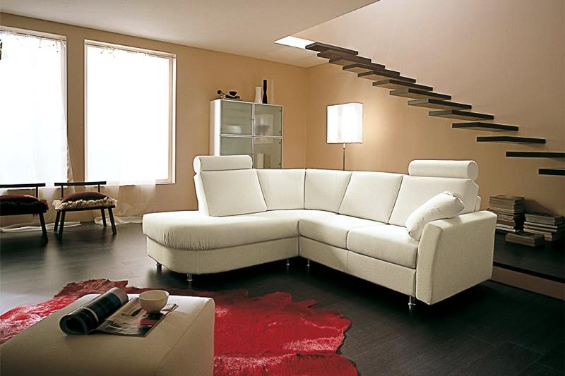 Catalogo divani e imbottiti a milano divani moderni for Divani moderni milano